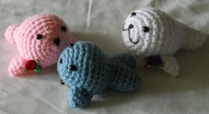 Family of Baby Seals Custom Amigurumi by ChibiSayuriEtsy