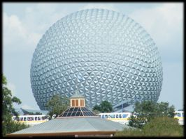5 - Spaceship Earth by Timitu