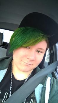Loving the Green Hair by Howlinghill