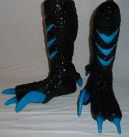 Lizard Raptor Feet Black/turquoise by Arooki