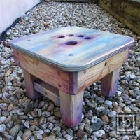 Stool 20 by hama2