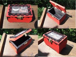 Got Blood secret box by TheLovelyBoutique