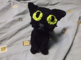Big headed cat amigurumi by ShadowOrder7
