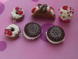 whipped cream fimo cernit by elfaaa