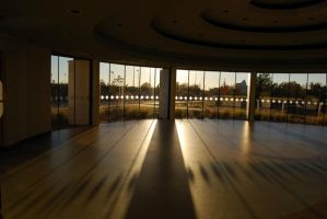 Circular room with sunset by Sakonige