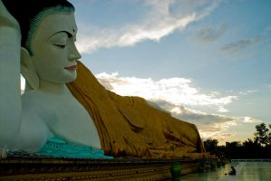 Big Budha in Bago Myanmar by sevenths