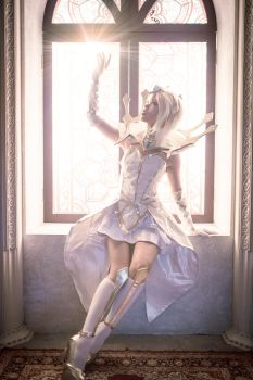 Elementalist Lux Light by Julia-MiFei