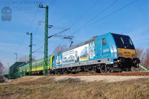 480 001 'Kando' Ka'lma'n' with IC train by morpheus880223