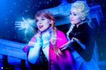 Elsa and Anna - Frozen by NunnallyLol