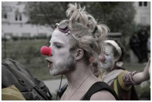 Clown Army at the G8 by kn23