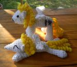 Surprise amis by gwilly-crochet