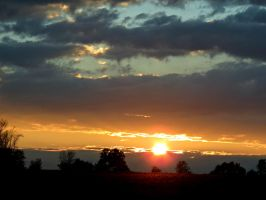 Sunset on a Wednesday by Michies-Photographyy