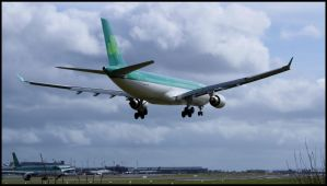 Airbus A330 Crosswind Landing by disasterdesigner