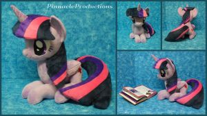 Twilight (sitting/laying down) by PinnacleProductions