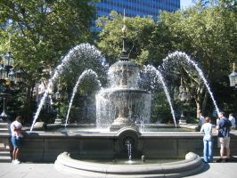 WaterFountain, NYC by trinifellah