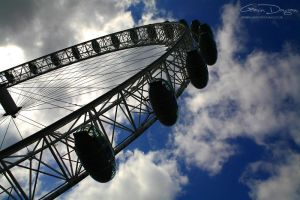 Eye in the sky by gdphotography