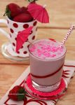 Strawberry Cake Batter Milkshake (4 Ingredients) by theresahelmer
