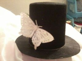 Mini tophat with butterfly by Rainbowkitty-Designs