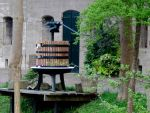 wine press by schaduwvacht