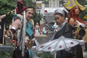 Carry and Support Draven And Karma by Kamikazemiko