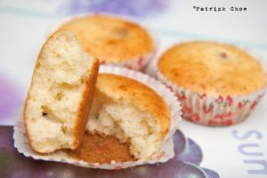 Cranberry cupcakes 2 by patchow