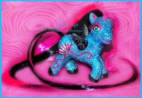 Sparkle bling- pony by Countess-Grotesque