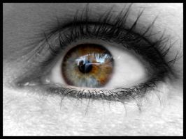 Two-coloured eye of my sis by What-is-worth