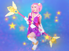 Star Guardian Lux from League of Legends 2 by RinnieRiot