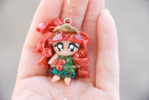 Holiday Pixie Charm, Holly by IvrinielsArtNCosplay