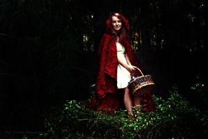 Red Riding Hood by DuysPhotoShoots