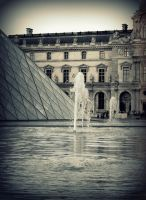 Louvre by serpentsigh