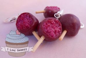 Scented sugarplum cakepop necklace by ilikeshiniesfakery