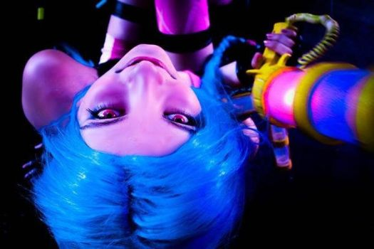 Jinx -League of legends 2 by DamnSweetCookie
