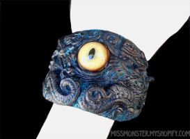 Creature cuff by missmonster