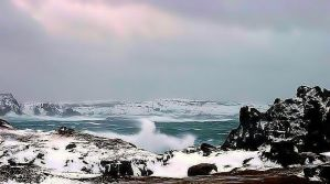 Winter Surf II by cocobolo