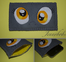 MLP:FIM Derpy eyes felt phone case by Blindfaith-boo
