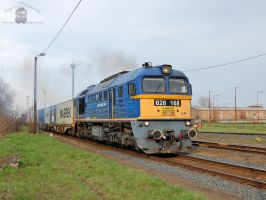 628 168 with container train in Gyorszabadhegy by morpheus880223
