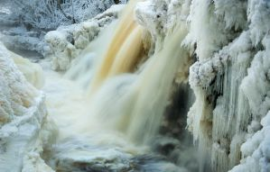 Winter waterfall by Gizmotb
