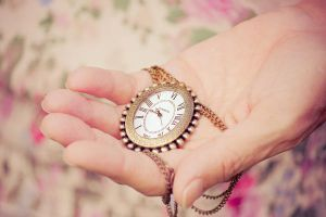 Hold time in your hands by Pamba