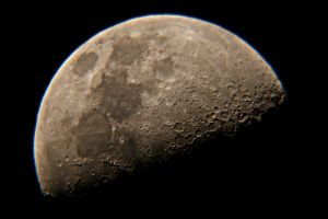 Moon Color by serban