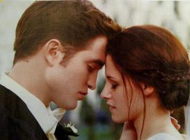 Bella and Edward- breaking dawn new stills by Allie06