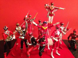 Group Shot With Akaranger by eternalview