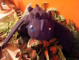 Night Fury Plushie by Estell-chan