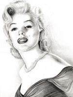 Marilyn Monroe by emizael