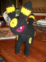 Umbreon amigurumi by Sasophie