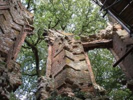 Crumbling Down by annieheart12