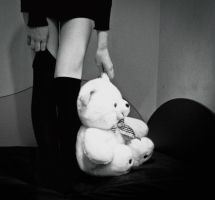 i lost my teddy bear... by KristinaaT