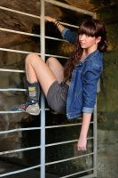 Taryn - hanging around 2 by wildplaces