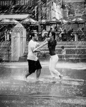 Dancing in the fountain... by Milanogreg