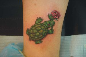turtle and rose by zombiebe10u